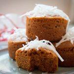 Bánh bông lan caramel dừa tươi không cần lò nướng