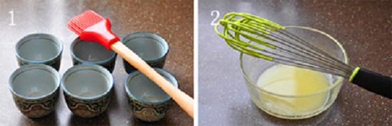 Cho nước cốt chanh, vỏ chanh và dầu ăn vào bát