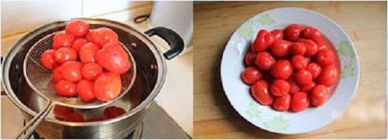 Cho cà chua bi vào luộc chín