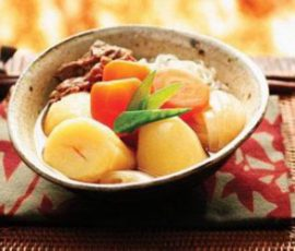 Thịt bò nấu khoai tây kiểu Nhật