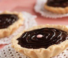 Món bánh tart chocolate đơn giản mà hấp dẫn