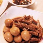 Món thịt bò om trứng cút kiểu Hàn ngon chuẩn vị