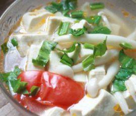 Món canh đậu nấu nấm hải sản ngon tuyệt