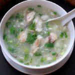 Món canh khoai từ nấu cá lóc