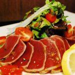 Món Salad cá ngừ Tataki mới lạ