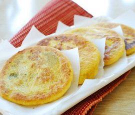 Món bánh hotteok Hàn Quốc