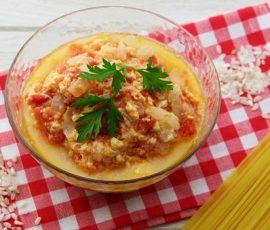 Món canh trứng cà chua nóng hổi ngon miệng