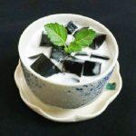Món thạch sương sáo nước cốt dừa thơm mát