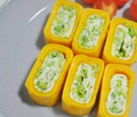 Món trứng cuộn bông cải đơn giản hấp dẫn