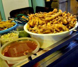 Thưởng thức món ăn ngon ngõ Tôn Thất Thiệp - Hà Nội