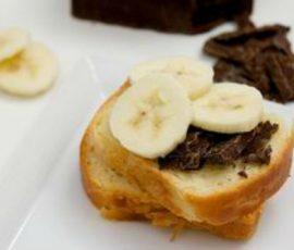 Món bánh mì kẹp socola ngon tuyệt cho bữa sáng