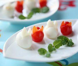 Tỉa cà chua thành chú thỏ xinh xắn đáng yêu