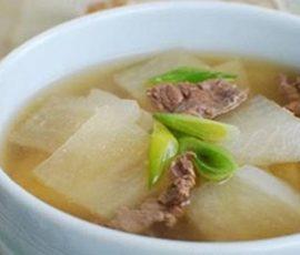Món canh thịt bò củ cải ngon lạ miệng