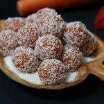 Món mứt cà rốt bọc dừa ngọt ngào khi thưởng thức