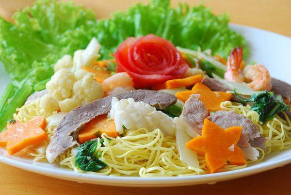 Không ăn cà rốt kèm thủy, hải sản có vỏ