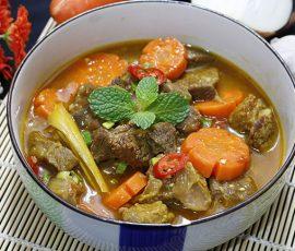 Món bò kho nước dừa thơm lừng ngon tuyệt