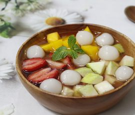 Món chè hoa quả trân châu vừa ngon vừa mát