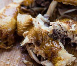 Món gà hầm vàng ươm ngọt thịt ai cũng mê