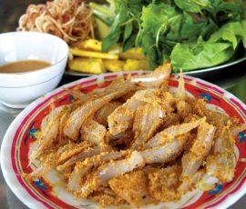 Món gỏi cá mòi đặc sản của đất mỏ Quảng Ninh