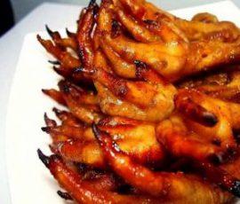 Món chân gà nướng ngon nức tiếng của Hà Nội