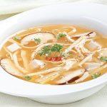 Món súp chua cay chay nóng hổi vừa thổi vừa ăn