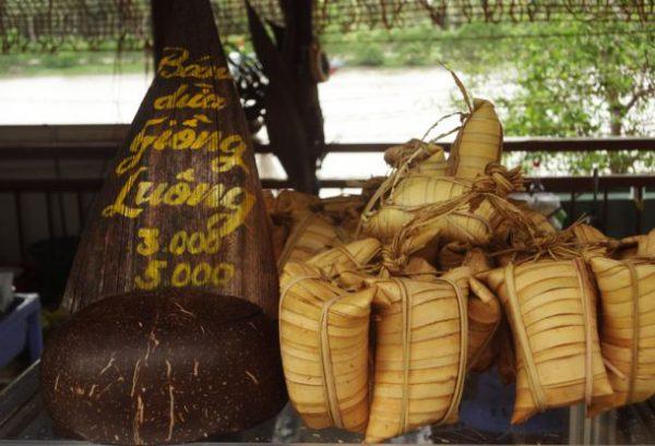 Bánh dừa Giồng Luông - Món bánh đặc sản Bến Tre
