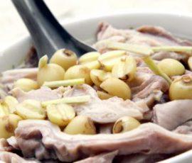 Món dạ dày hầm hạt sen cho thực đơn bà bầu