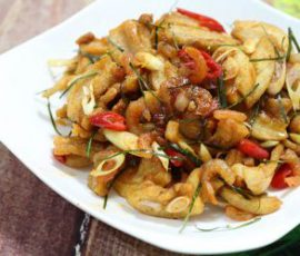 Món tóp mỡ trộn mắm Thái vừa thơm vừa giòn