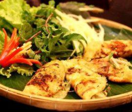 Món bánh khoái giòn ngon mang hương vị xứ Huế
