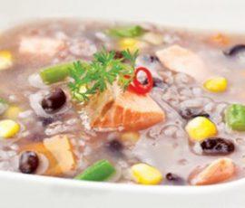 Món cháo cá hồi rau củ vừa ngon lại giàu dinh dưỡng