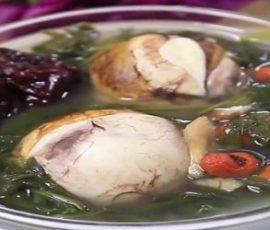 Món trứng vịt lộn hầm ngải cứu thuốc bắc bồi bổ sức khỏe