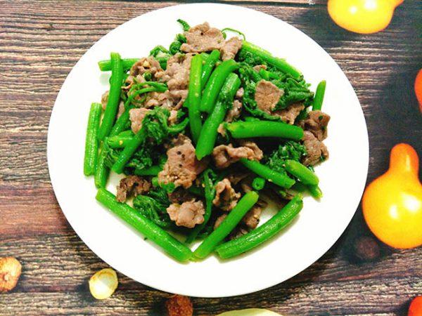 Món rau bí xào thịt bò ngon chuẩn vị