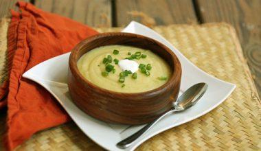 Món súp đậu cô ve khoai tây ngon tuyệt
