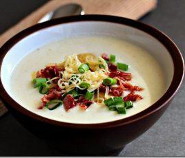 Món súp khoai tây thịt xông khói ngon tuyệt cú mèo