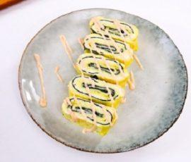 Món trứng cuộn rong biển và phô mai thơm ngon hấp dẫn