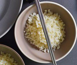 Món cơm bông cải trắng ngon miệng độc đáo