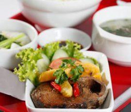 Món cá ngừ kho thơm đưa cơm ngày se lạnh