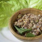 Món gỏi cá ngừ trộn thính đơn giản mà ngon miệng