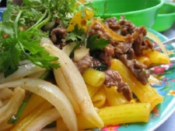 Món nui xào bò giòn ngon giàu dinh dưỡng