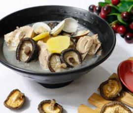 Món canh thịt gà nấu nấm hương ngọt thanh bổ dưỡng