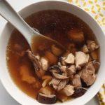 Món canh gà nấu nấm hương ngon bổ dưỡng