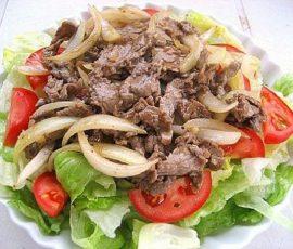 Thịt dê xào hành tây bổ dưỡng mang hương vị đậm đà