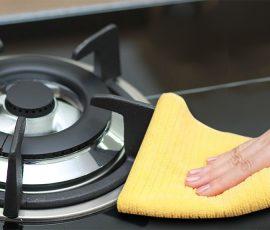 Làm sạch bếp nấu bằng dầu thực vật