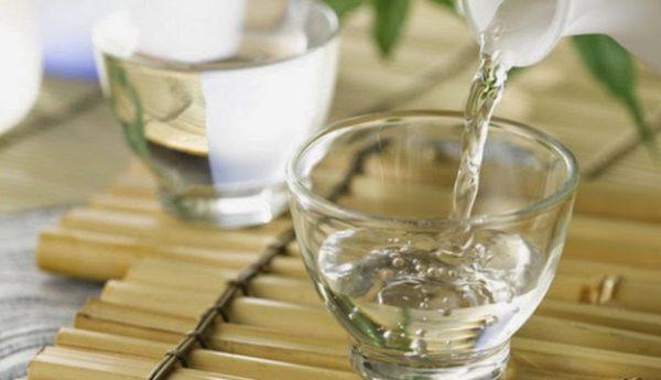 Thưởng thức rượu Kim Sơn Ninh Bình