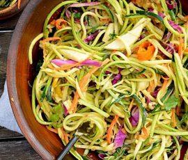 Món salad rau củ sợi mì ngon lạ miệng cho ngày ăn chay