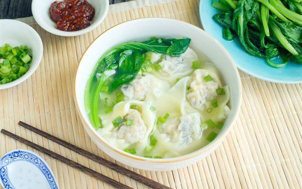 Món sủi cảo tôm thịt - Mónăn truyền thống của người Hoa