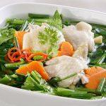 Món canh gà cải bó xôi thanh mát bổ dưỡng