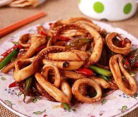 Món mực om nước mắm ngon nức tiếng Phú Quốc