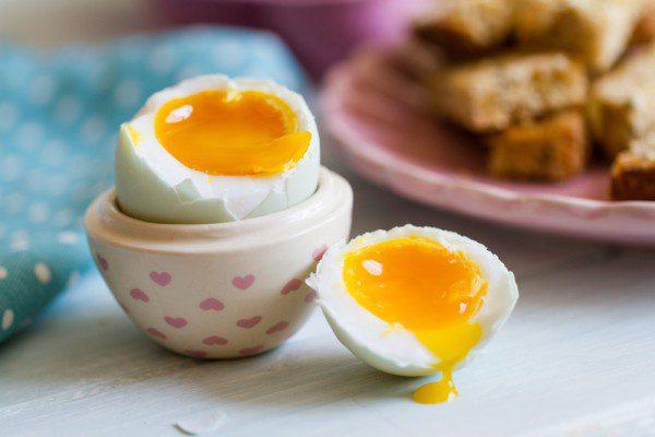 Lưu ý khi ăn trứng