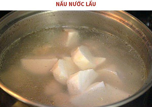 Nấu nước lẩu